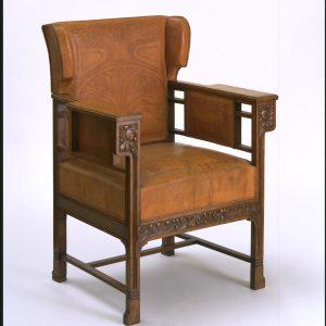 Sillón, diseñado por Otto Eckmann, fabricado por Siegfried Bing. Francia, ca. 1900. Victoria & Albert Museum, Londres.